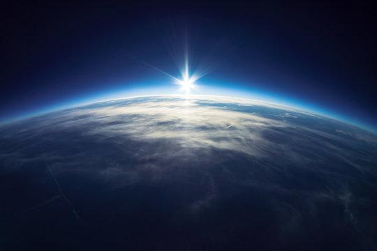 1억4500만년에서 6600만년 전의 기간인 백악기는 지구의 역사 가운데 가장 따뜻한 시기 중 하나였다. 극지방에도 얼음이 없었고 해양의 평균기온은 섭씨 35도 정도였다. Credit: ⓒ dell / Fotolia
